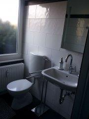 ferienwohnung_anna_nordsee_dangast_badezimmer_2.jpg
